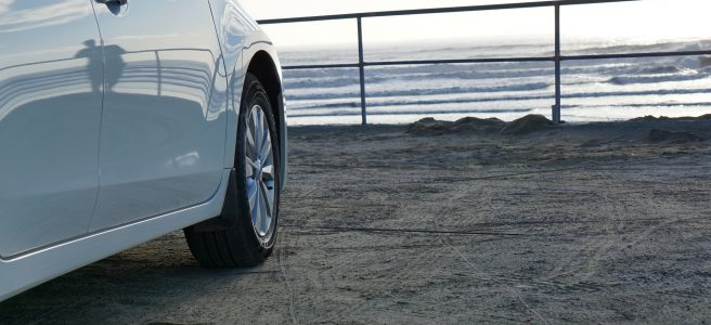 celoročné pneumatiky biele