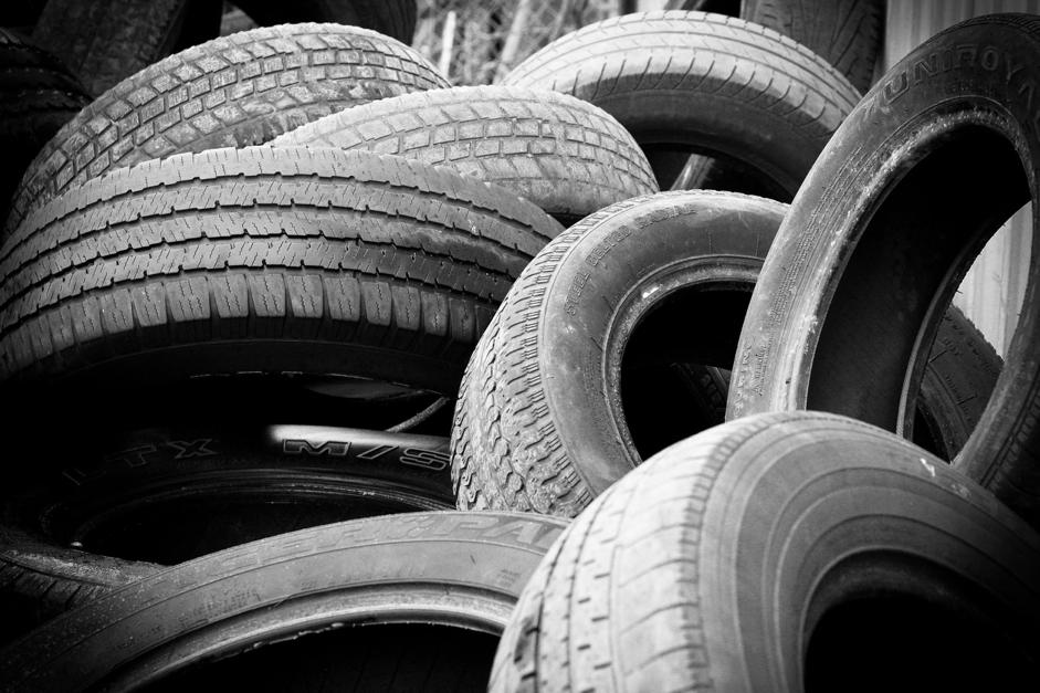 Prečo by ste nemali chcieť celoročné pneumatiky?